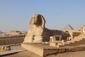 Die Sphinx bei den Pyramiden in Ägypten
